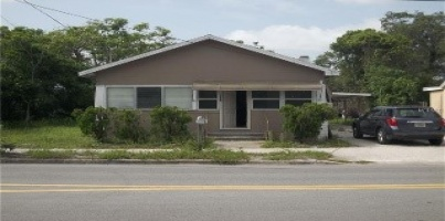 SFH 613 Marshall St Clearwater.3/1 738 SQ FT. (has tenant paying $1,200/mo) Turn Key